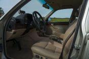 BMW750i-03